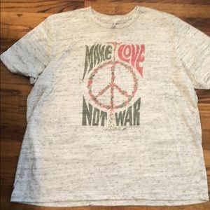 Tops - Make Love Not War Tee